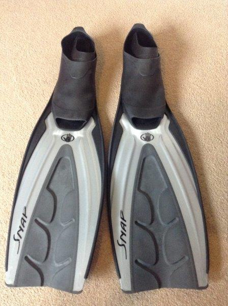 Bodyglove Snap Pool Fins - Size 8/9 - Grey/Black - Nearly New