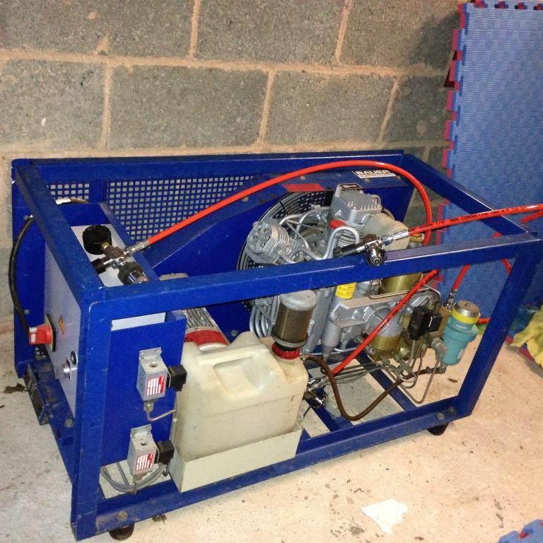Bauer Compressor 232/300 bar